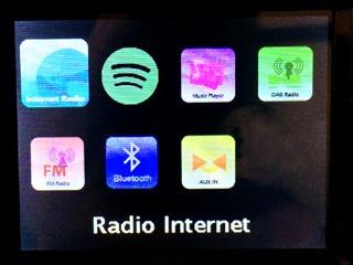 Radio Internet, Spotify, UPnP, Radio DAB, Radio FM, Bluetooth et entrée Aux