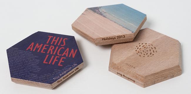 Des objets en bois pour stocker les médias