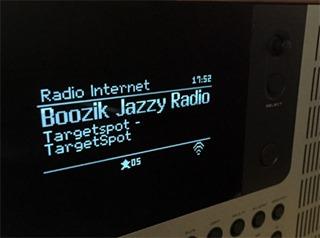 Affichage de la station radio captée par Internet