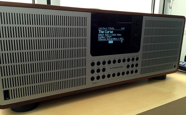 Test du Revo SuperSystem, une mini-chaine HiFi connectée : WiFi, UPnP, Bluetooth et multiroom audio