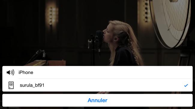 Choisir la sortie son : l'haut-parleur de l'iPhone l'enceinte Sonos PLAY via AirPlay