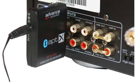Brancher le récepteur Bluetooth sur l'entrée analogique HiFi