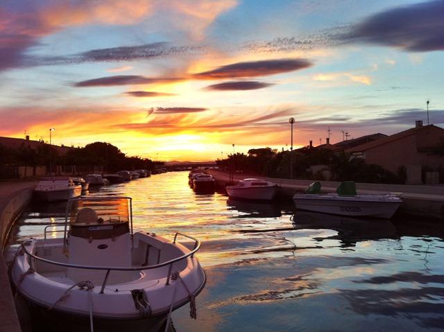 Le résultat HDR avec Pro HDR : le ciel garde ses couleurs chatoyantes et les bateaux sont visibles.