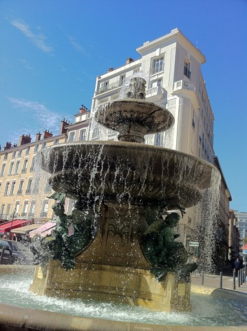 fontaine_avec_ HDR-iPhone