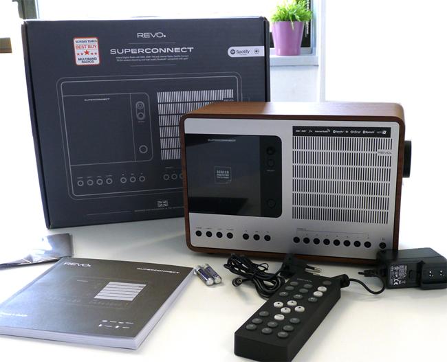 Poste radio Revo Superconnect