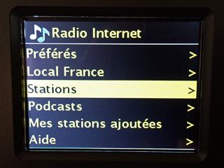 Sélection d'une radio Internet parmi les préférées, les locales ou la recherche