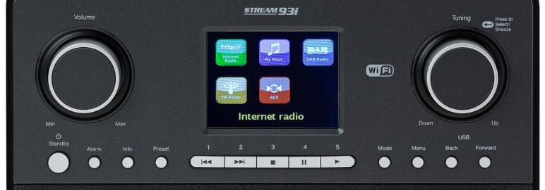 Poste de radio numérique, web, internet avec boutons de mémoire stations favorites