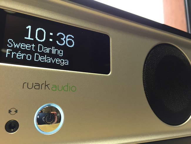 Ruark Audio R2 en connexion sans fil Bluetooth