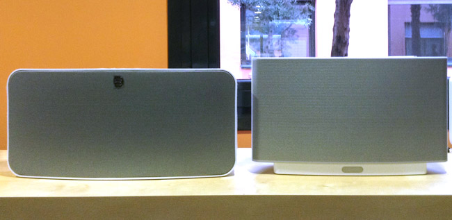 Comparatif Sonos Play 5 et Bluesound Node