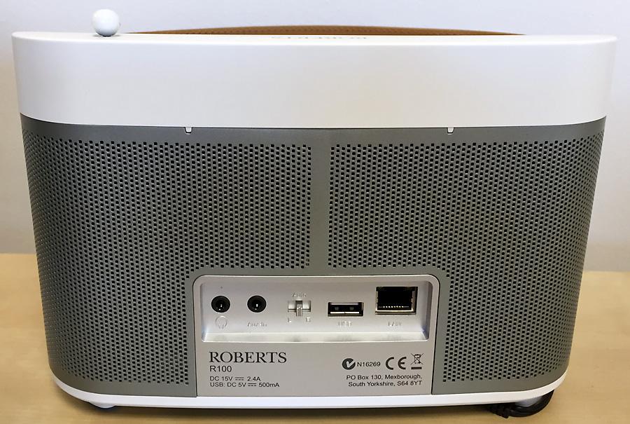 Face arrière et connectique du poste de radio Internet Roberts R-line R100