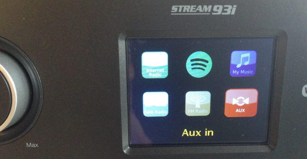 Passez en mode auxiliaire pour diffuser le flux reçu en Bluetooth