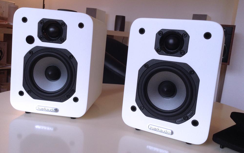 paire-enceinte-ruark-audio-mr1-sans-grilles-de-protection