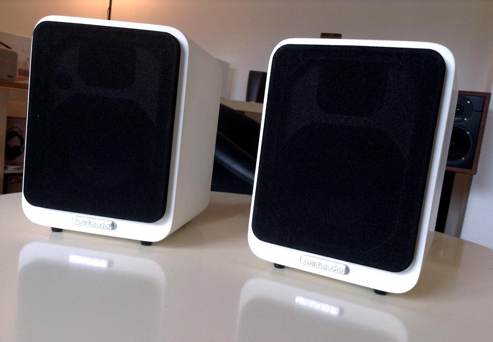 ruark-audio-mr1-enceintes-compactes-de-bibliothèque-HiFi