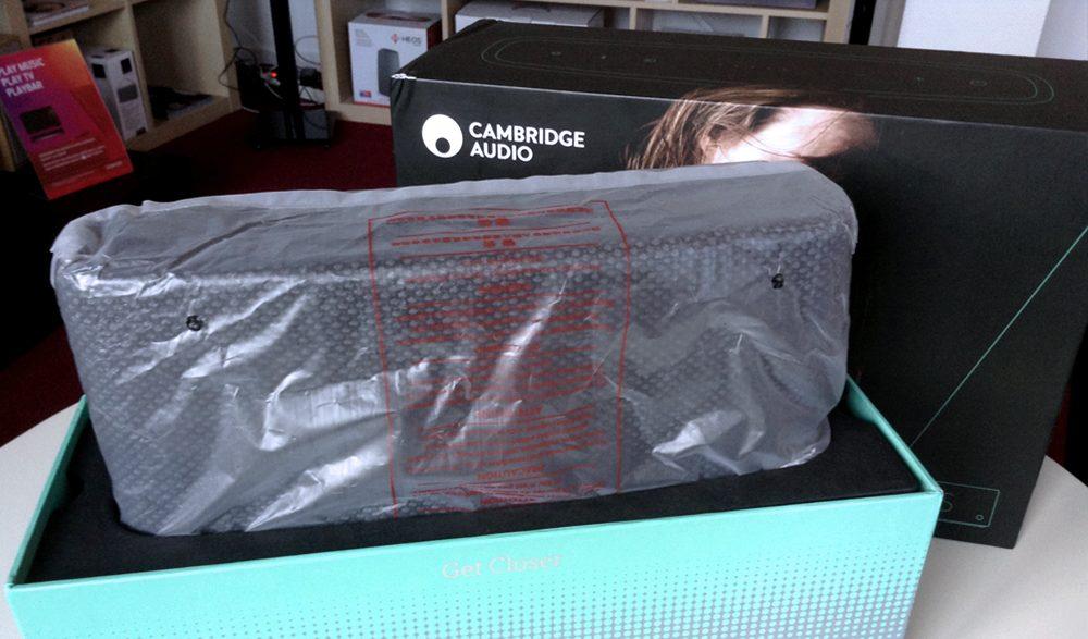 Déballage de l'enceinte bluetooth sur batterie cambridge audio YOYO (S) gris foncé