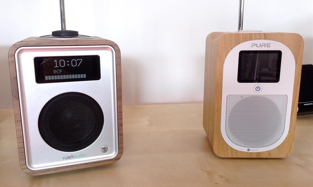 Comparaison des postes de radio FM DAB BLUETOOTH Ruark Audio R1 et Pure Evoke H3