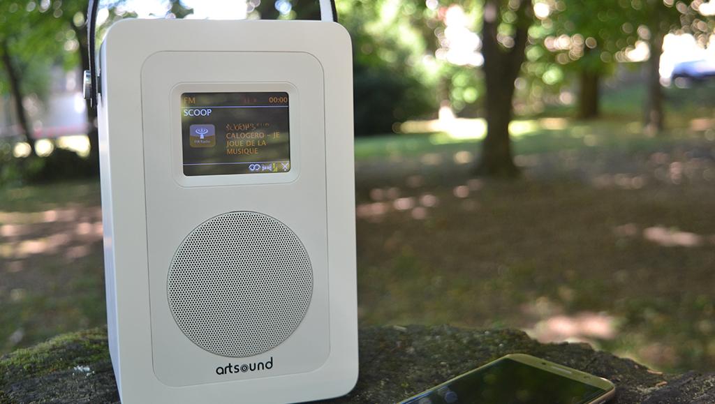 test artsound r4 radio portable sur batterie triple tuner internet dab fm. Black Bedroom Furniture Sets. Home Design Ideas