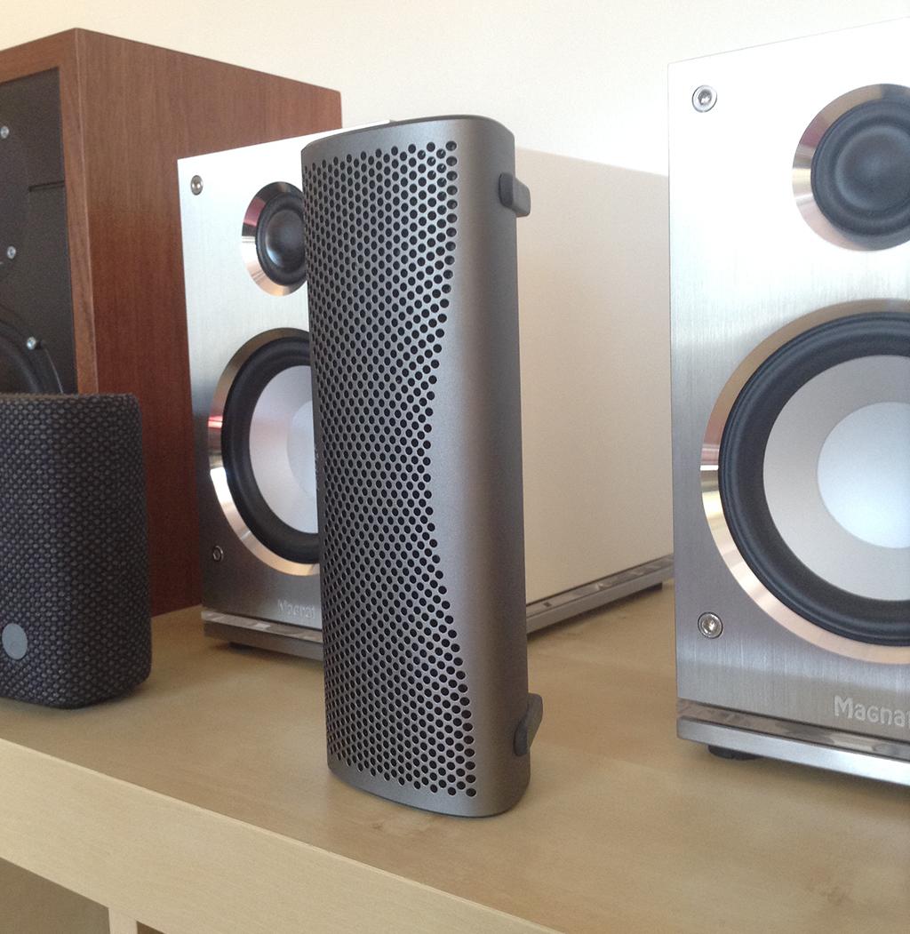 test kef muo enceinte multifonction bluetooth sur batterie. Black Bedroom Furniture Sets. Home Design Ideas