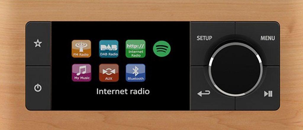 Un écran couleur et une molette de navigation rendent l'appareil très simple à utiliser