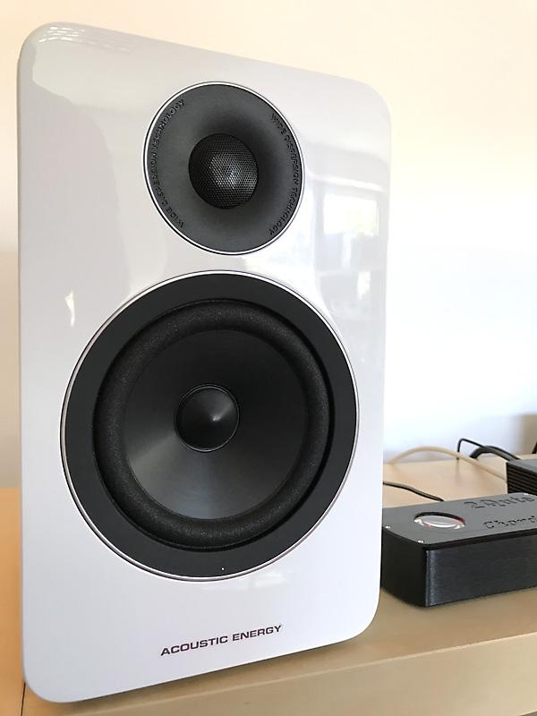 Ecoute avec les enceintes Acoustic Energy à bi-amplication