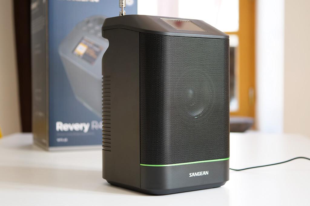 Test du poste de radio Internet Sangean Revery R4 : une solution universelle compacte pour écouter la musique partout