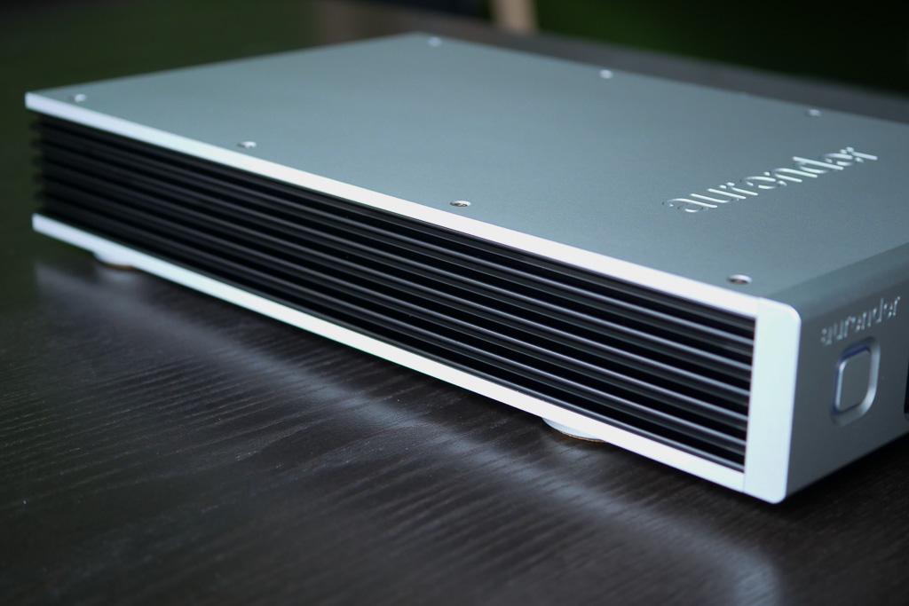 aurender N100 details ailettes
