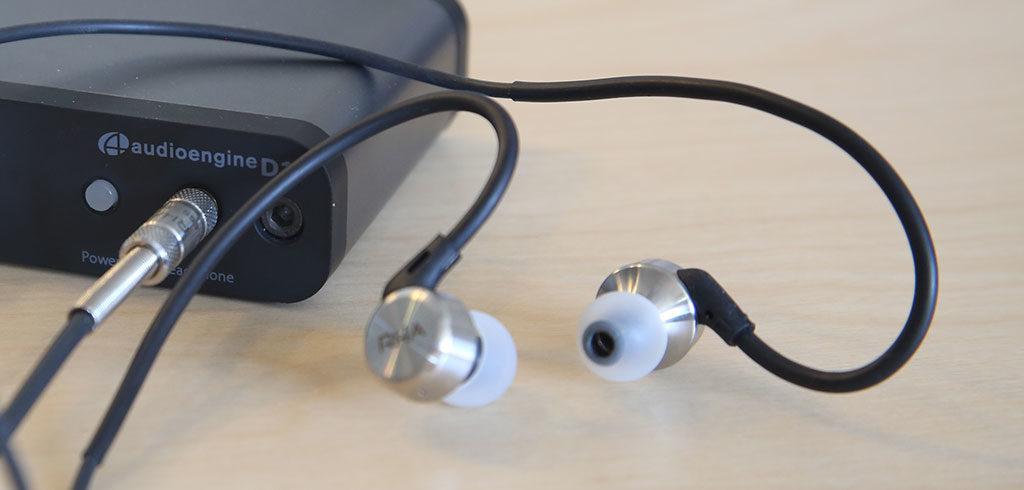 MA650 RHA : écouteurs intra-auriculaires HiRes avec crochets flexibles.