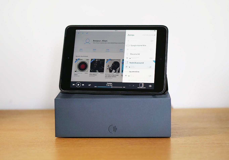 Le serveur Roon Nucleus et l'interface de commande sur iPad