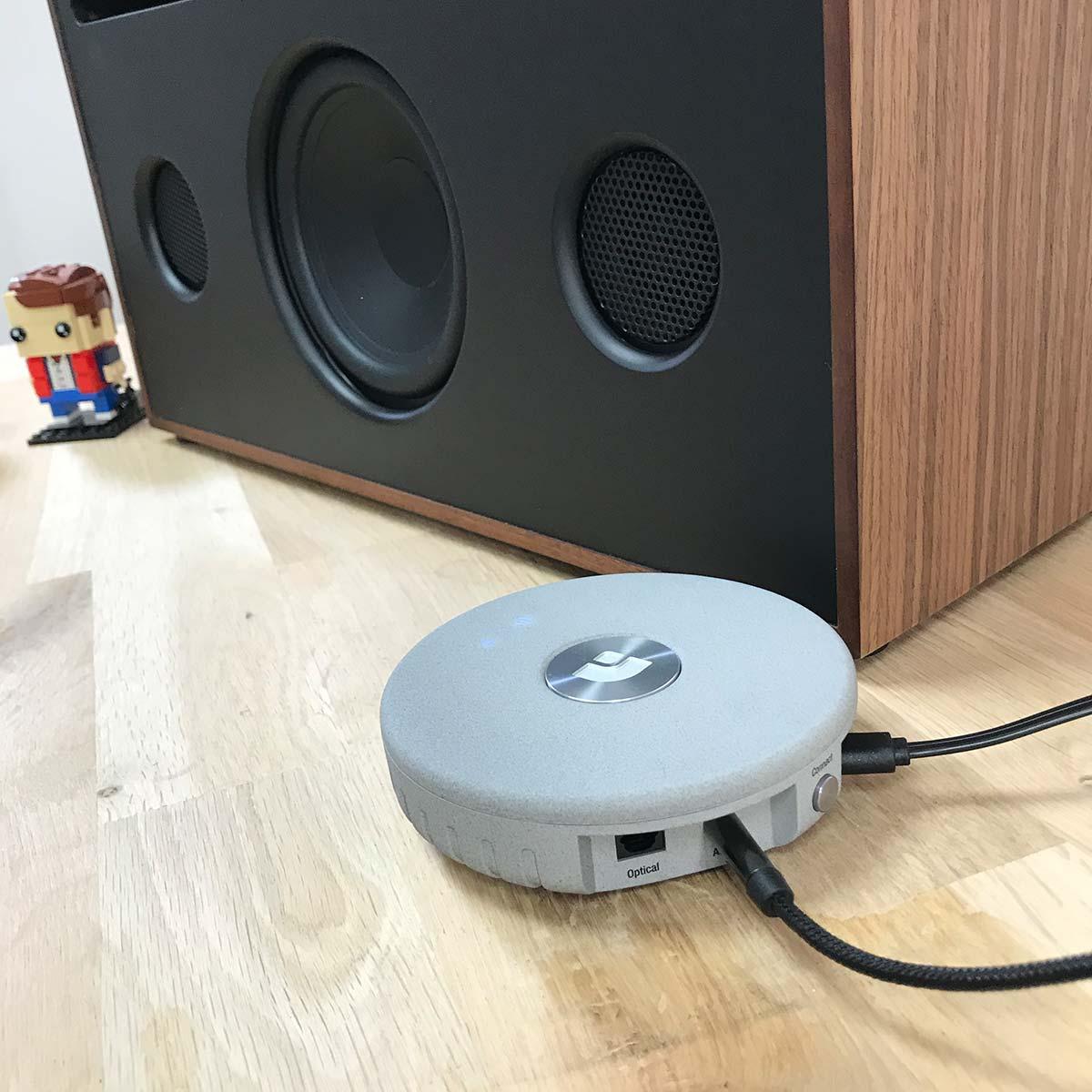 Le Link 1 permet à l'enceinte La boite concept de disposer d'une connexion AirPlay et WiFi pour les musiques sur le réseau