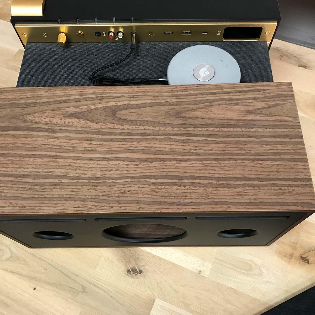 Le lecteur Audio Pro Link 1 avec l'enceinte active La boite Concept