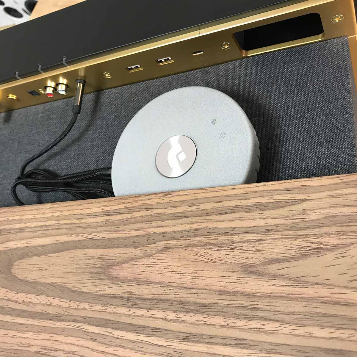 La taille compact du lecteur Audio Pro Link 1 permet de le placer discrètement