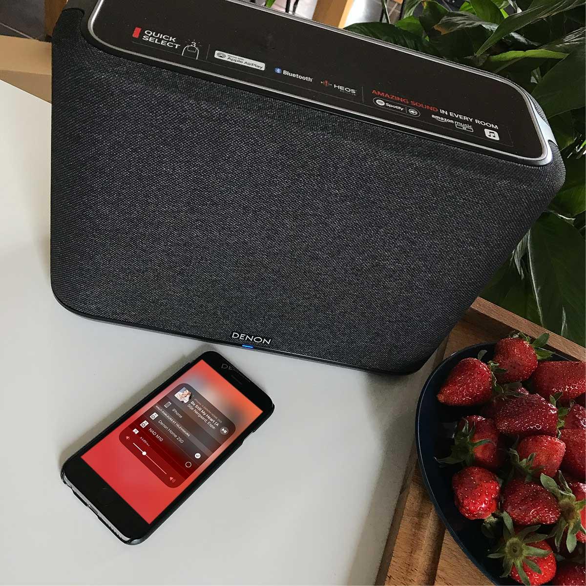 Enceinte Denon Home 250 avec réception WiFi AirPlay 2 compatible Deezer HiFi en qualité CD