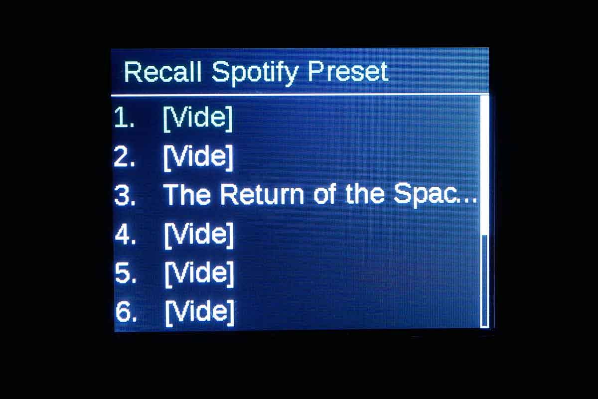 La liste des favoris est spécifique à chaque source : ici un album mis en favori à la troisième position dans Spotify.