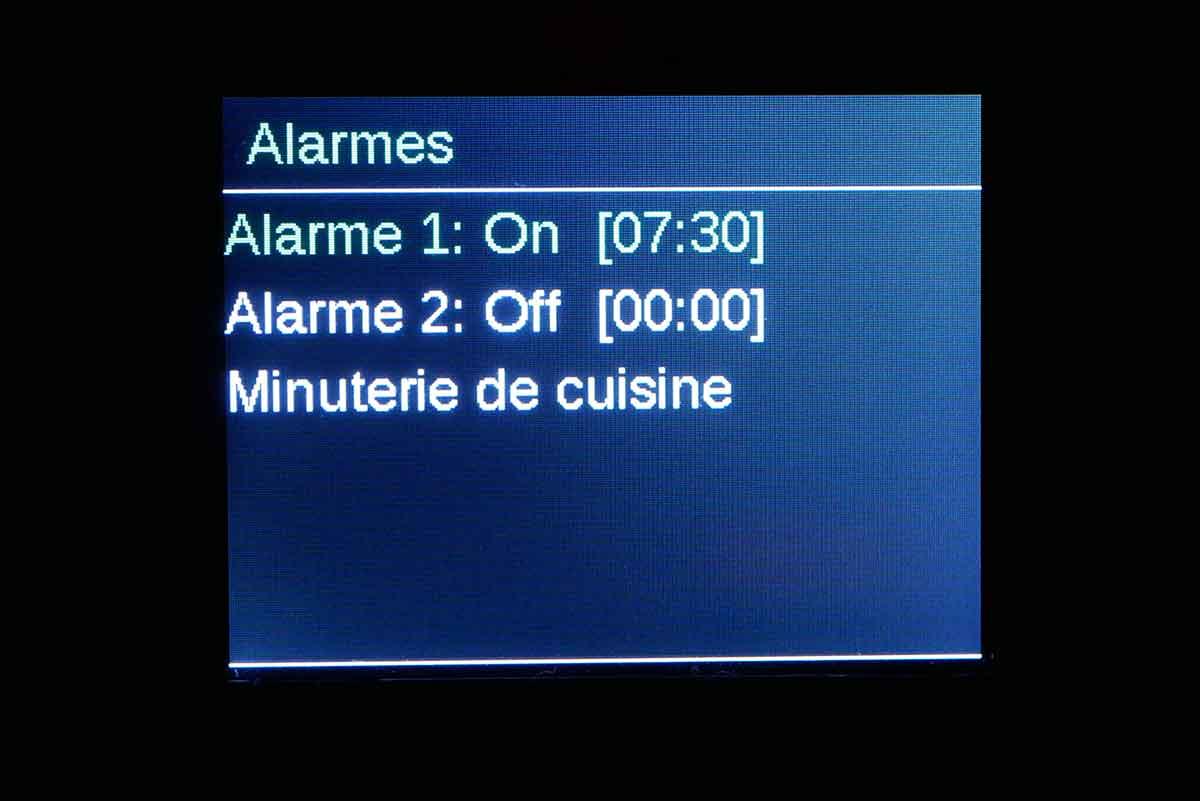 La fonction radio-réveil est accompagnée d'une originale minuterie de cuisine.