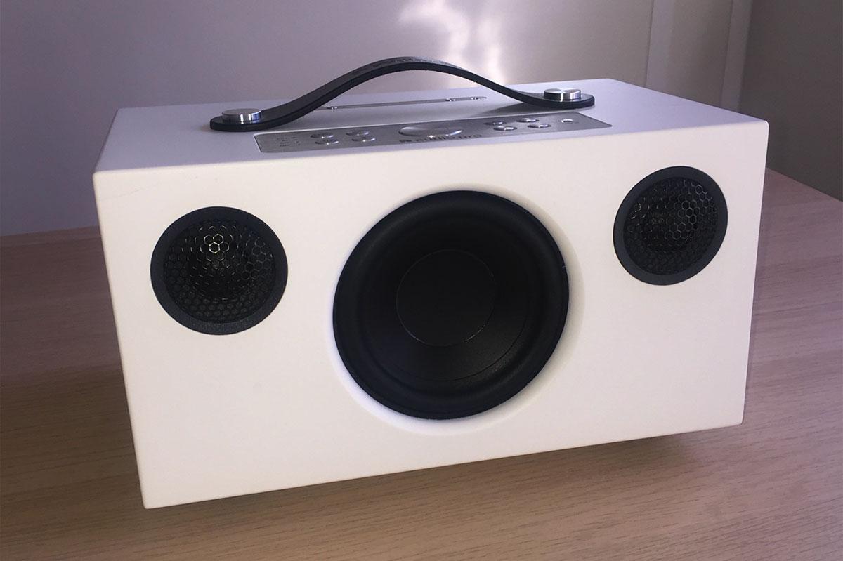 L'enceinte Audio Pro Addon C5A, compacte avec commande vocale intégrée Amazon Alexa