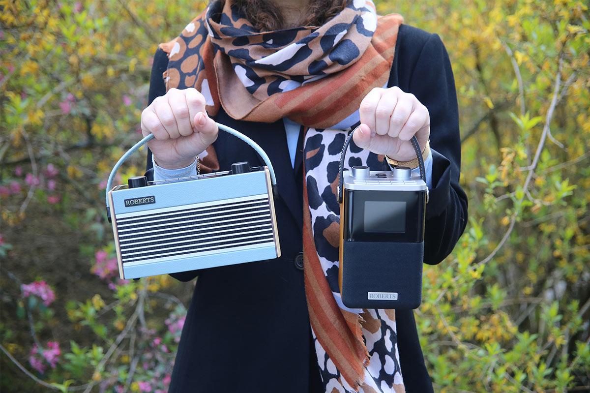 Les postes de radio Roberts Rambler BT et Blutune T2 : nomades, Bluetooth avec écran intégré sur piles