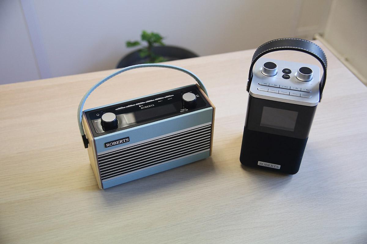 Roberts Blutune T2 et Rambler BT, des postes très fonctionnels grâce à leurs boutons de contrôles et écran.